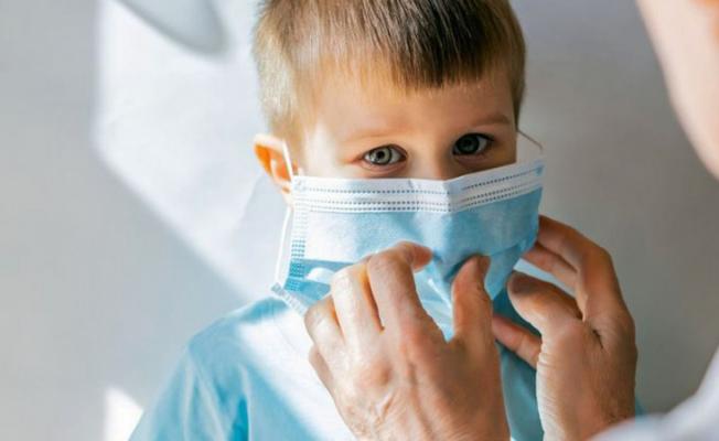 Bilim Kurulu Üyesi'nden Açıklama! Çocuklar Maske Takmasın