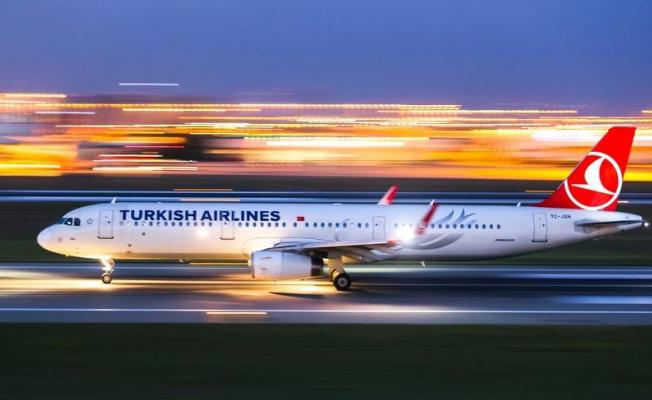 Türk Hava Yolları Uçak Biletlerini 100 TL Yaptı!