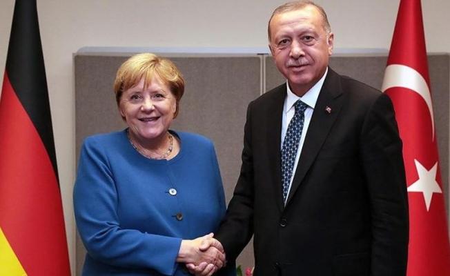 Cumhurbaşkanı Erdoğan Angela Merkel İle Telefonda görüştü
