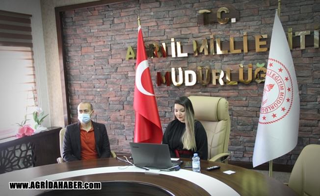 Ağrı'da Sınav Kaygısı ve Motivasyon konulu konferans düzenlendi