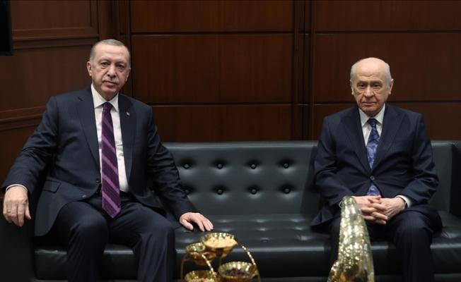 Cumhurbaşkanı Erdoğan Devlet Bahçeliyi Tebrik Etti