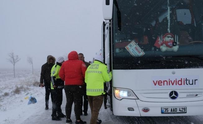 Konya'da Dehşet Kaza! 2 Otobüs Devrildi