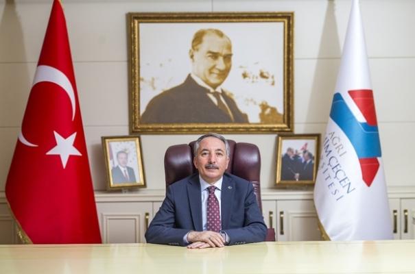 AİÇÜ Rektörü Karabulut'tan Ramazan Bayramı Mesajı!