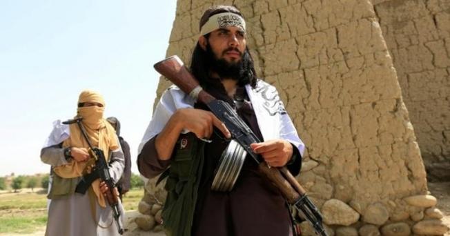 Taliban Mezar-ı Şerife yürüyor