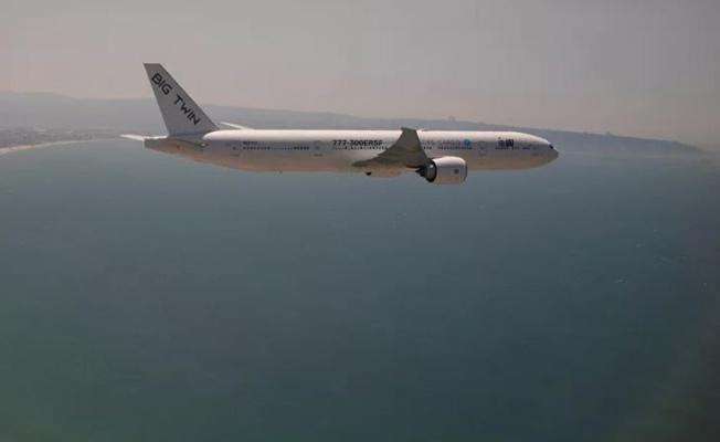 Boeing 737 Kargo Uçağı Denize Düştü