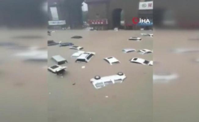 Çin'de 10 Bin Kişi Tahliye Edildi!