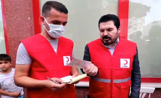 Savcı Sayan, Kurbanını Kızılay'a Bağışladı