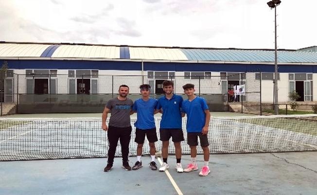 Ağrı'lı Altın Çocuklar Türkiye Şampiyonu Oldu