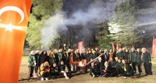 Üniversite gönüllüleri Genç Yeşilay kamplarında bir araya geldi