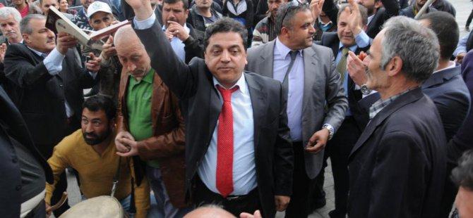 CHP Iğdır Milletvekili adayları Adil Aşırım ve Seyfettin Artantaş, vatandaşlarla bir araya geldi.