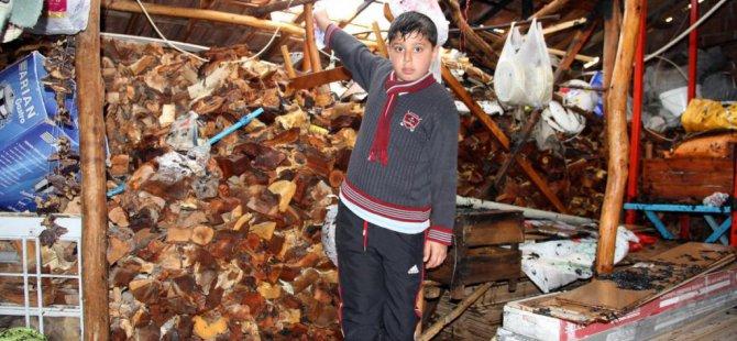 Malatya'da yıldırımın düşen evde yangın çıktı
