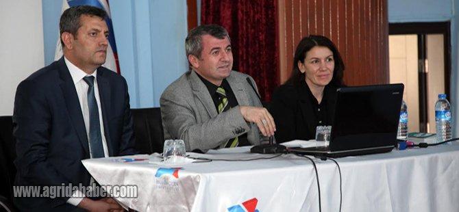 Ağrı İbrahim Çeçen Üniversitesinde Farabi Değişim Programı Bilgilendirme Toplantısı Yapıldı