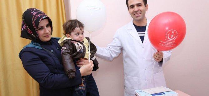 '23 Nisan'ı hastane odasında kutladılar