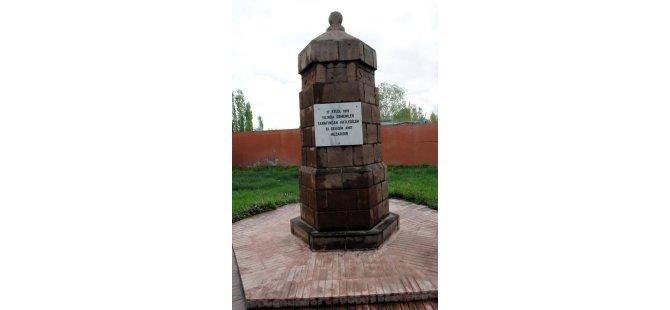 Ermenilerin su kuyusuna atarak öldürdüğü Türkler anıldı