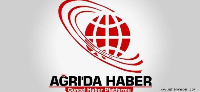 Başbakan Davutoğlu, Kars Valiliğini ziyaret etti