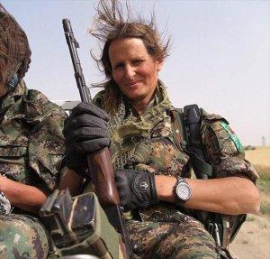 Kanadalı Model YPG Saflarında