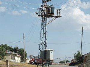 Elektrik akımına kapılan TEDAŞ görevlisi yaralandı