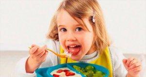 Güçlü bağışıklık sistemi için meyve yemek şart