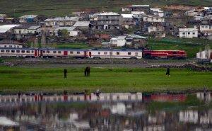 Kars'ta yük trenine yapılan bombalı saldırı