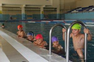 Bitlis Belediyesinden ücretsiz yüzme kursu