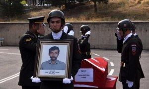 Erzurum'da öldürülen köy korucusu için tören