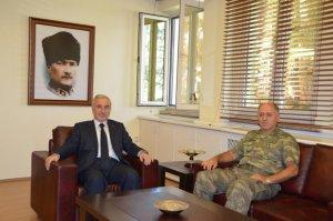 Malatya Valisi Kamçı'dan Tümgeneral Angun'a ziyaret