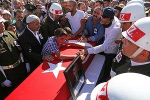 Diyarbakır-Bingöl karayolundaki çatışma