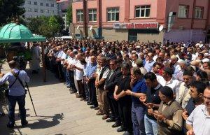 Trabzon'da 8. kattan düşen polisin ölmesi