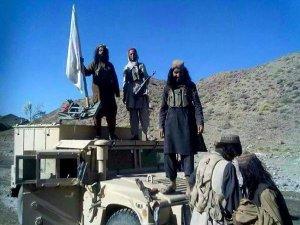 Taliban, İki Kentte Daha Kontrol Sağladı