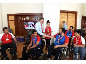 Atletizm Türkiye Şampiyonasına Katılan Sporcular Çakır'ı Ziyaret Etti