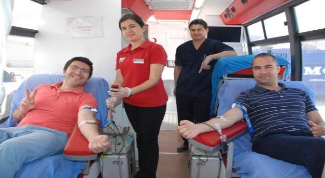 Kan Bağış Kampanyasına Destek