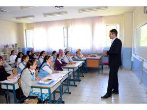 Hizan'da 'Meslek Tanıtım' Semineri