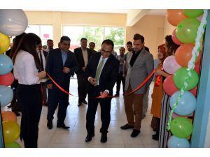 Hizan'da Tübitak Bilim Fuarı Açıldı