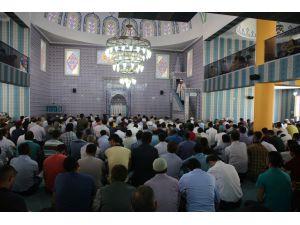 Halid Bin Velid Camii İbadete Açıldı