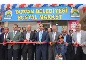 Tatvan'da 'Sosyal Market' Açılışı