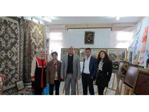 Arpaçay'da El Sanatları Sergisi
