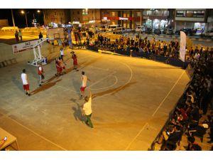 Hakkari'de '3x3 Streetball Turnuvası'