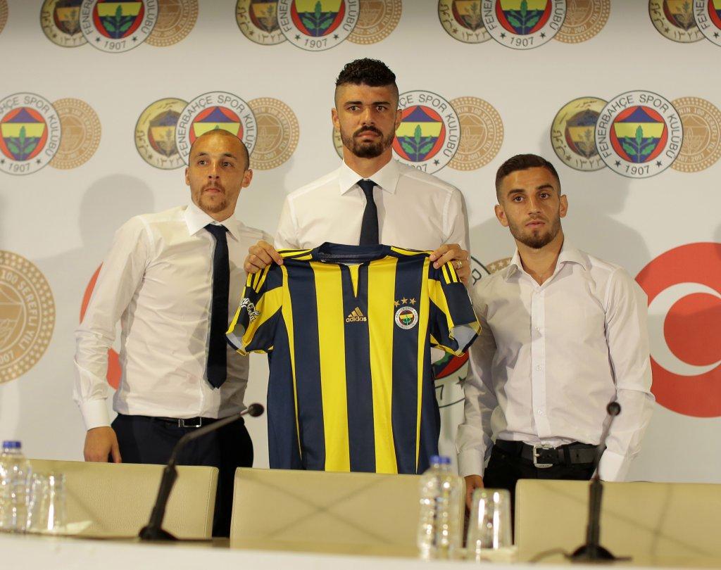 Fenerbahçe'de 3 İmza Birden