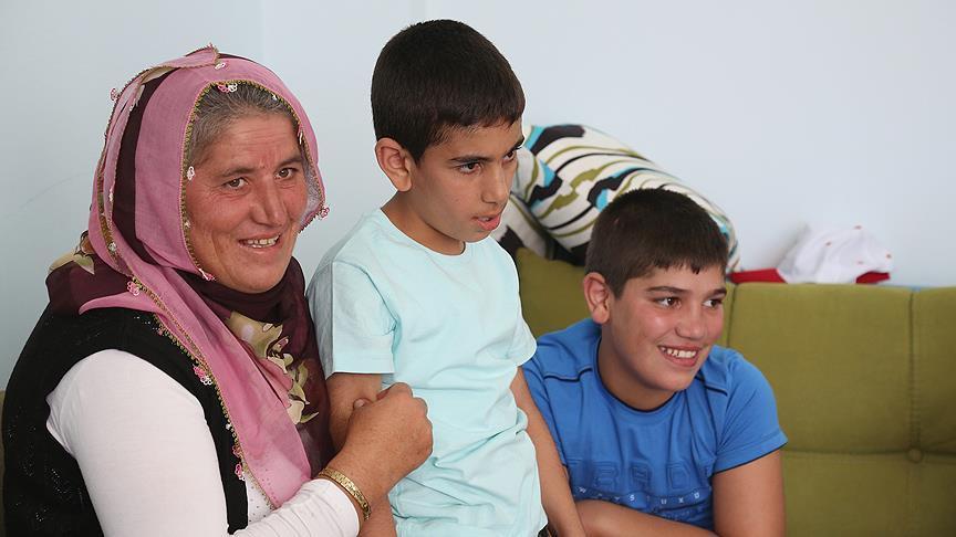 Engelli Annenin Çocuklarıyla Buluşma Sevinci