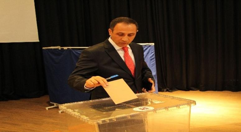 Fırat Üniversitesi Rektörlük Seçiminde En Fazla Oyu Prof. Dr. Kutbeddin Demirdağ Aldı
