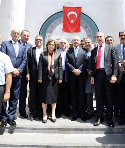 Ak Parti'den Kılıçtaroğlun'a Büyük Jest