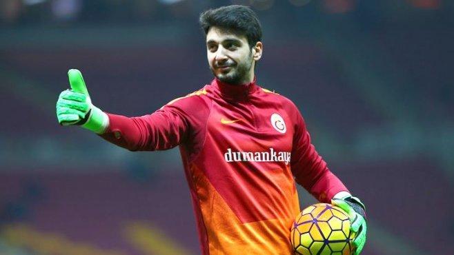 Galatasaray kalecisi Cenk Gönen'den büyük gaf! '3 kulvarda olduğu gibi, buna da talibiz' dedi !