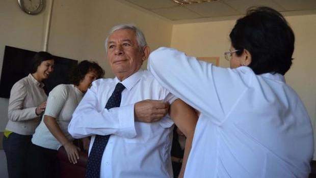 Denizli  Barosu'nda 70 avukat grip salgınlarından etkilenmemek için grip aşısı oldu