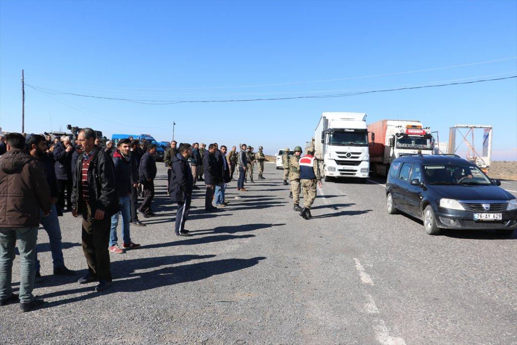 Taşeron işçilerden Maaş protestosu