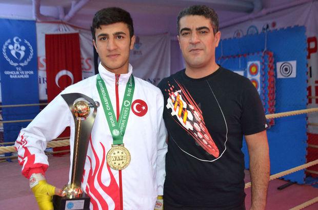 Babasının yanında bulaşıkçı olarak çalışan çocuk dünya şampiyonu oldu