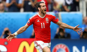 İspanyada futboluna devam eden Bale Galler'de yılın futbolcusu seçildi