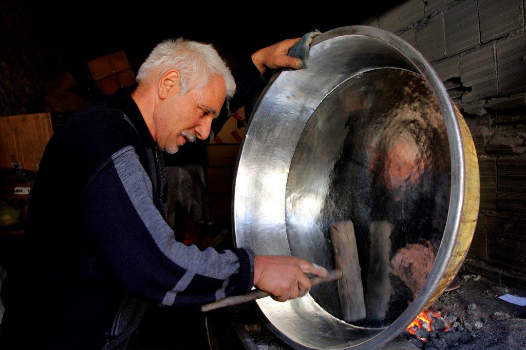 Elazığ'da 'Ateş İşlemeyen' Nasırlı Eller