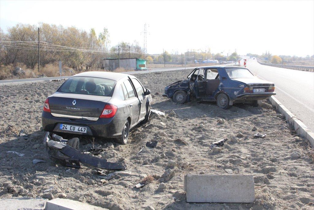 Erzincan'da Trafik Kazası: 3ü çocuk 7 Yaralı