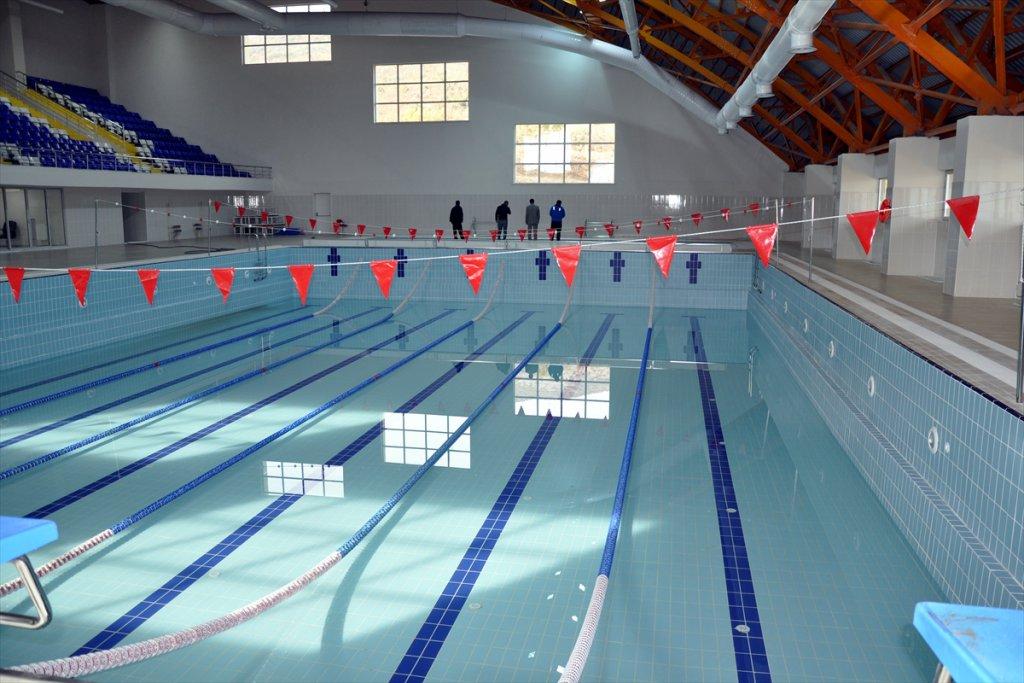 Yüzme Havuzu açılmak için gün sayıyor