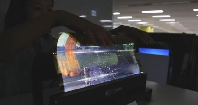 Samsung'un yeni patentleri, Samsung'tan ekranı kıvrılabilen televizyon ?